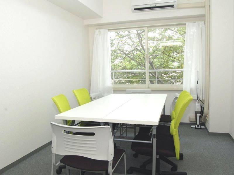 【茅場町、日本橋すぐ】完全個室、格安。会議、商談、セミナーなどに最適なスペースの写真