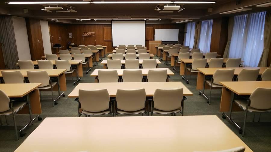 ルーテル市ヶ谷センター 全体会議室 午後夜間の部(日曜15:00-21:30)
