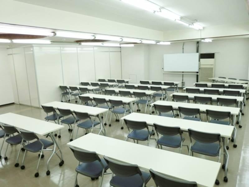 【大阪 梅田駅】新日本ビル梅田店 第1会議室(31~45名) 大阪会議室の写真