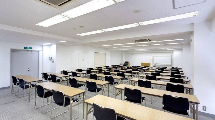【銀座】アクセス抜群、落ち着いた雰囲気の会議室で会議をしませんか?/2階A会議室(銀座会議室三丁目)の写真
