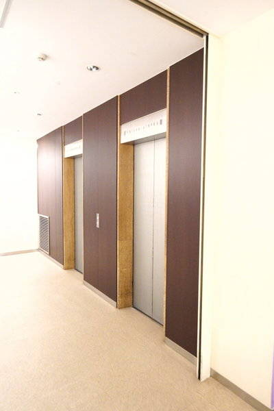 【新橋・汐留駅より徒歩2分♪】アクセス最高です! 50名会議室(20名~最大50名)