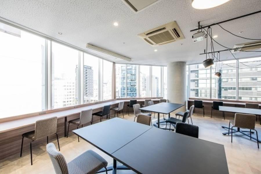 【fabbit銀座】コワーキングスペース!会議室(6人)