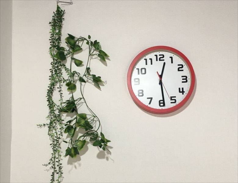 【新橋駅徒歩30秒!】完全個室の綺麗な格安会議室 当日割あり!Wi-Fi・ホワイトボード☆Shinbashi2組☆