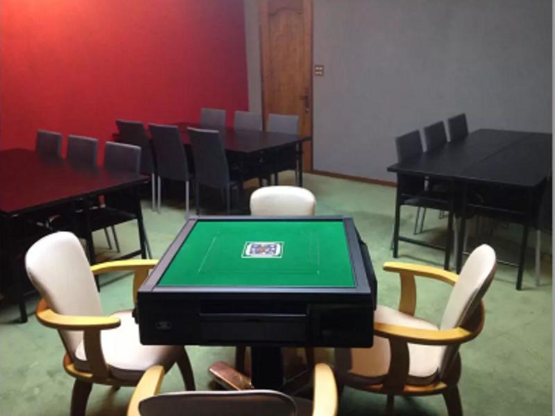 【なんば駅 徒歩5分】24時間営業✨ 会議・セミナー・勉強会・教室・パーティーに <WiFi 完備 | プロジェクター > スペースDの写真
