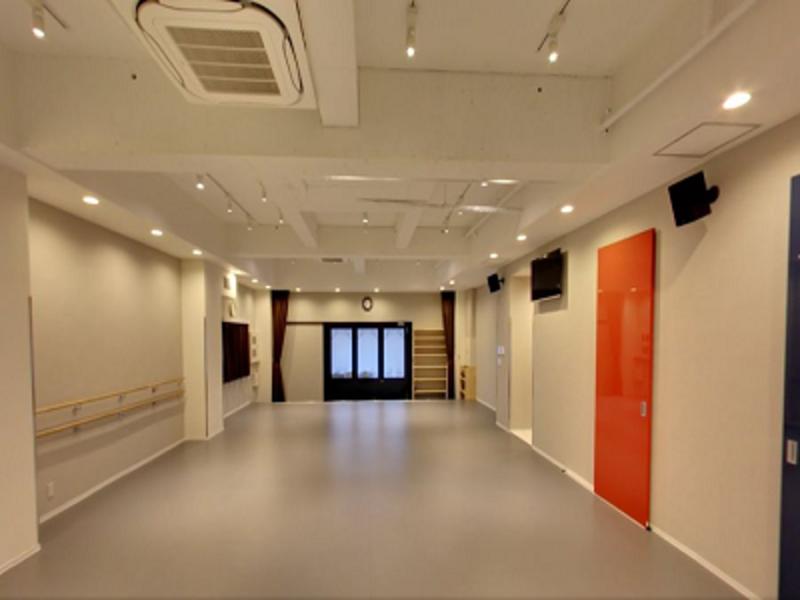 舞台稽古やダンスレッスンに!広々としたレンタルスタジオ