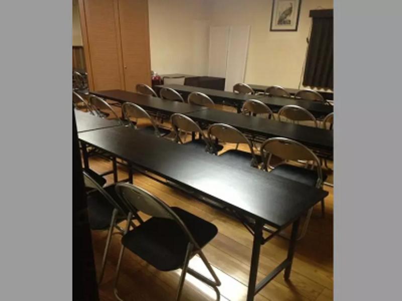 【なんば駅 徒歩4分】24時間営業✨貸し会議室(30名 収容) <会議・セミナー・研修・合宿・ワークショップ>におすすめ!ルームC