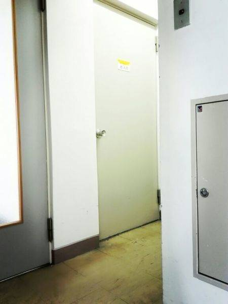 《希会議室》神田駅西口すぐ!1時間100円~利用可!レッスン・会議・勉強部屋・ミーティングなどの貸スペース!