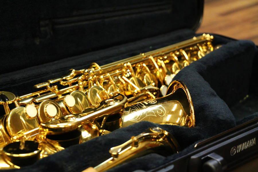 【渋谷駅徒歩7分】ヤマハの音楽練習室 ROOM13 ―最大8人まで同一料金で入室可!管楽器や合唱などアンサンブルの練習にどうぞ。管楽器・チェロも貸出可能