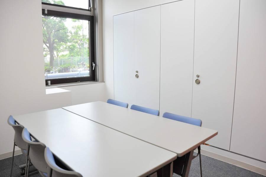 【八王子】駐車場完備!年中無休!6名用ミーティングルーム(小会議室A)