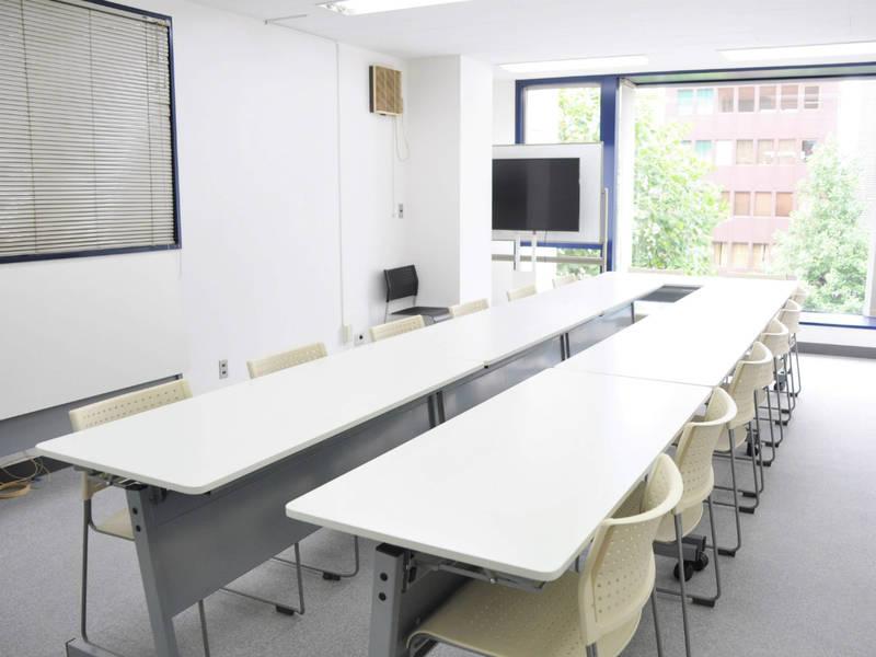 【四ツ谷】駅チカ3分!ワークショップやレッスンにもおすすめの貸し会議室(15名)