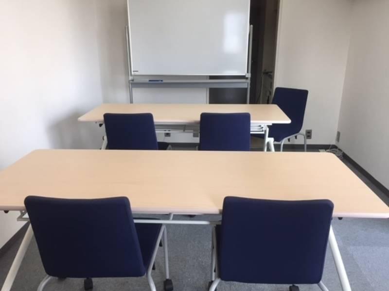 【六本木-ミッドタウン側の静かな空間】ミッドタウン徒歩1分のきれいな会議室