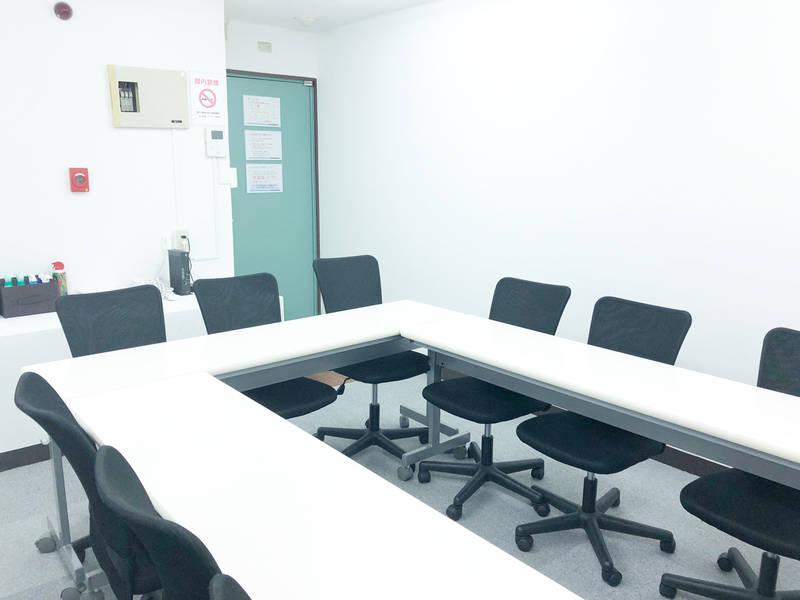 新宿 西新宿 駅近 格安 12人までの少人数で会議、ミーティング、レッスン、オフ会など最適なスペースです 無線LAN ホワイトボード完備 【9月より営業開始 NEW OPEN記念キャンペーン中】