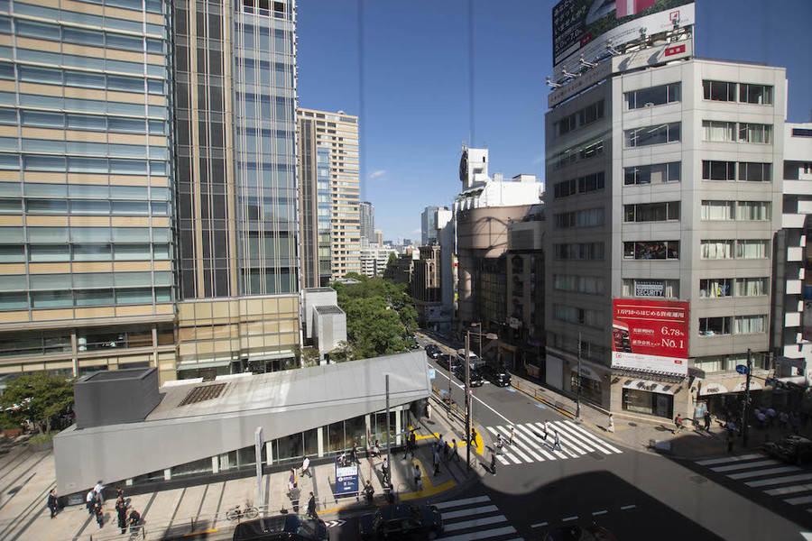 六本木駅 徒歩1分!東京ミッドタウン目の前!