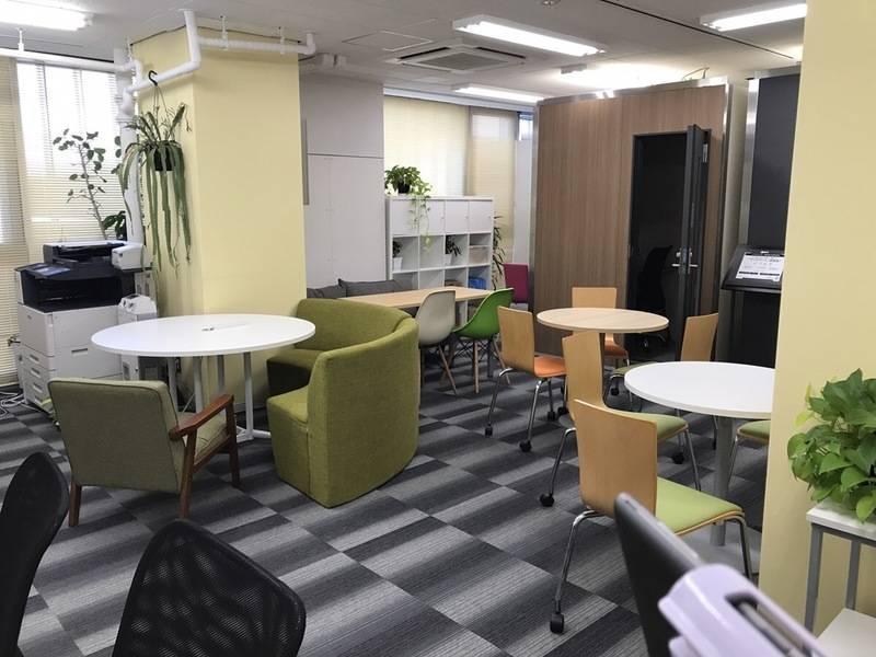 <新橋駅直結> チェックイン専用 コワーキングスペース