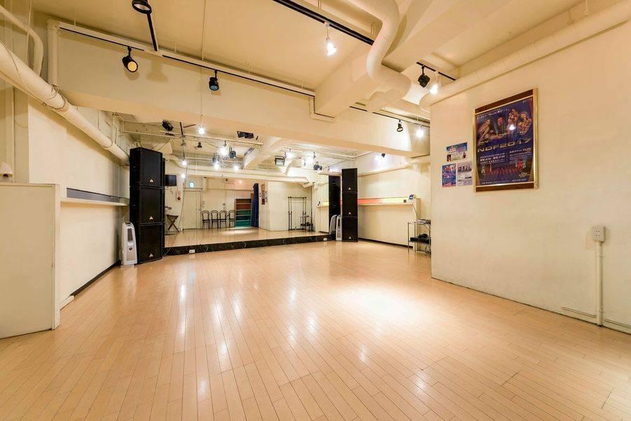 【伏見・丸の内】ダンスの練習、結婚式の余興の準備などに最適!!