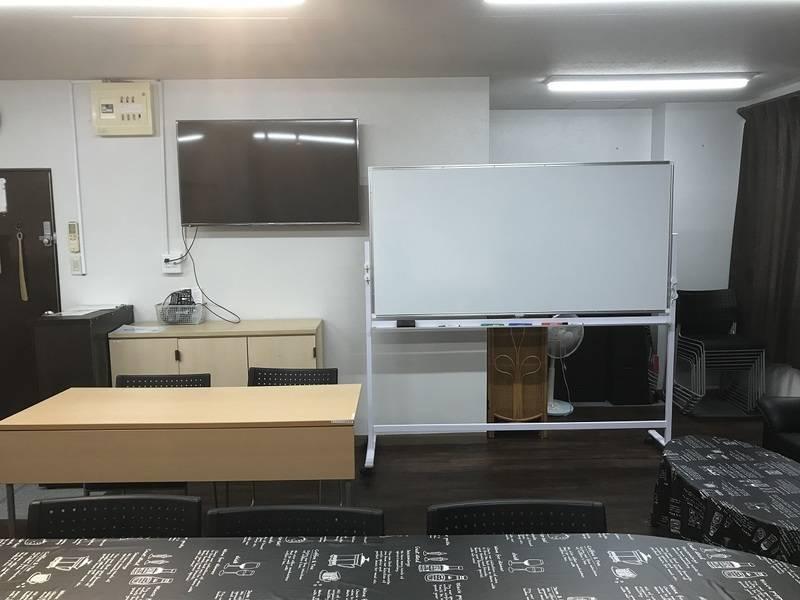 台東区入谷駅から徒歩1分  幹事貸切格安スペース KMKビル2階eパーティー 会議やパーティーに利用可