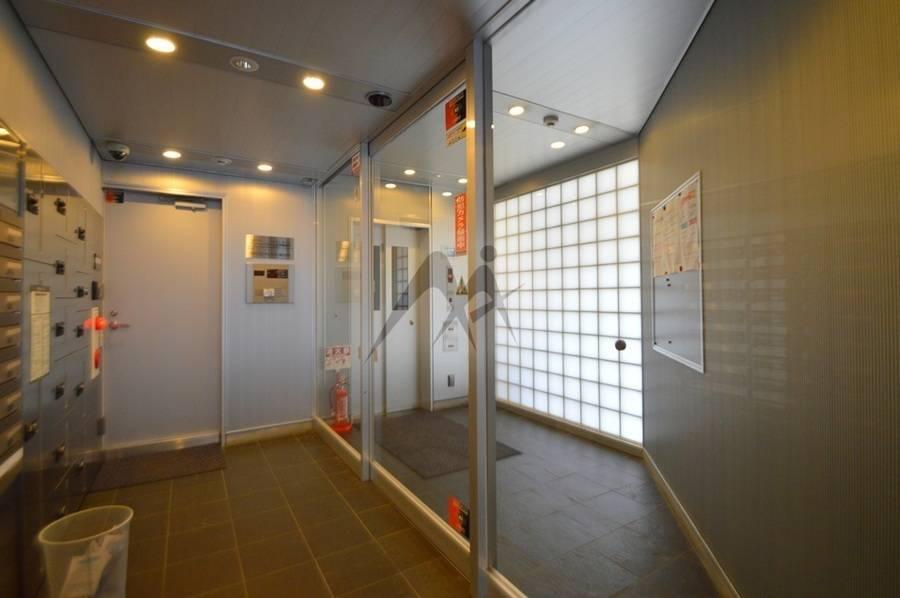 サロン半個室レンタルスペース(エステセット・ウォーターサーバー無料)