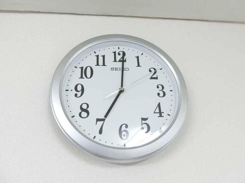 《10人会議室》地下鉄 淀屋橋駅11番出口から徒歩90秒!1時間980円~!軽食可!冷蔵庫完備!完全個室!