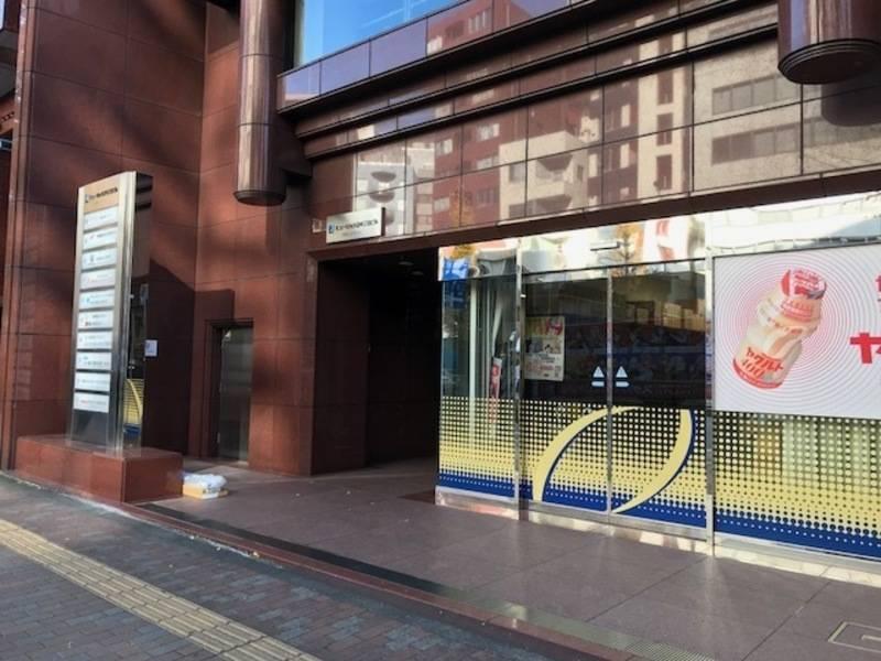 【三田駅徒歩5分・田町駅徒歩7分】レンタルスペース Wi-Fi・プロジェクター・ホワイトボード無料!! infoRooms Tokyo