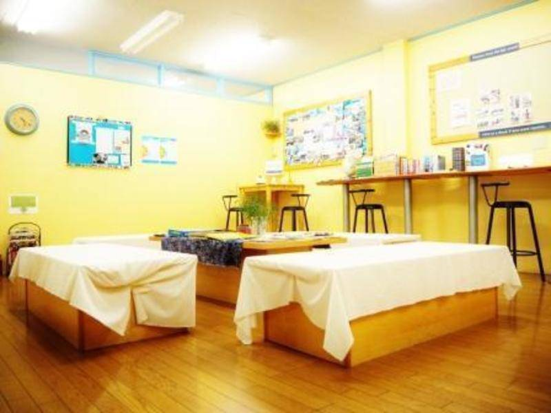 神戸・三宮 英会話学校内のスペース 多目的・オープンスペース スクエア(共同エリア・お一人様あたりの料金となります)