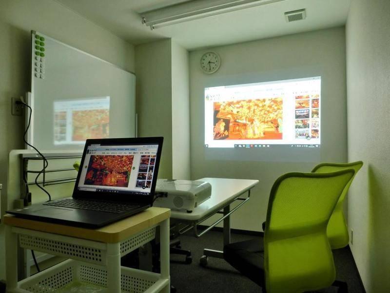 【お気軽会議室ナノサロン興善町】市立図書館より徒歩2分、完全個室ミニ会議室オープン! wifi・プロジェクター無料♪ セミナー・ママミーティング・個人配信の録画スペースなど使い方いろいろ♪