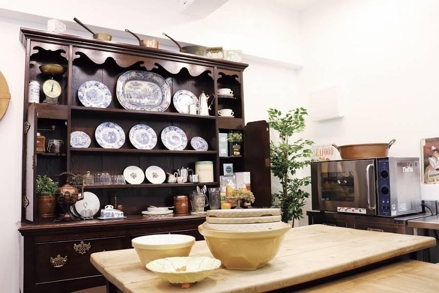 目黒区 英国アンティーク キッチンスタジオ・KENT STORE