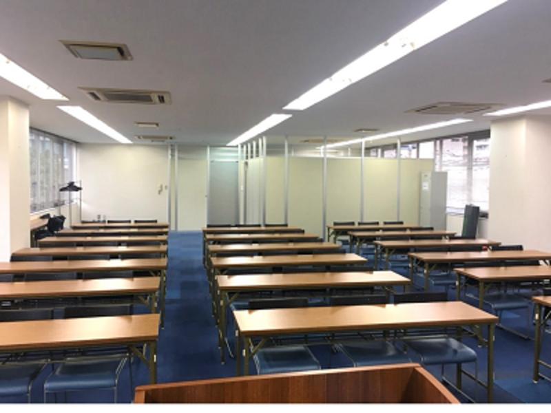 ハロー貸会議室 大崎 3F(スクール型+控室2つ)( 57名)