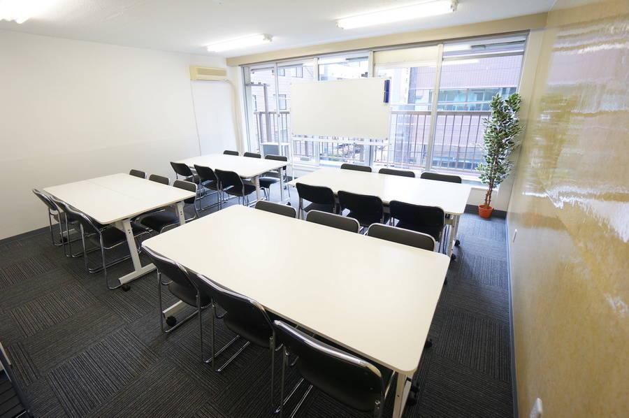 ⭐️光回線導入!⭐️<SAKURA SPACE 神田>リモートワーク・テレワークにも最適!神田駅より徒歩5分♪wifi/プロジェクター無料!会議/セミナー