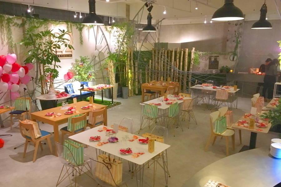 吉祥寺駅から徒歩5分のデザイナーズカフェ!撮影ロケから、セミナーや会議、貸切パーティまで対応可能!