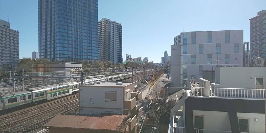<高田馬場駅戸山口から徒歩2分の好立地>陽当たり良好♪打ち合わせなどのビジネス利用からプライベート利用までおすすめ<スペース「場」>
