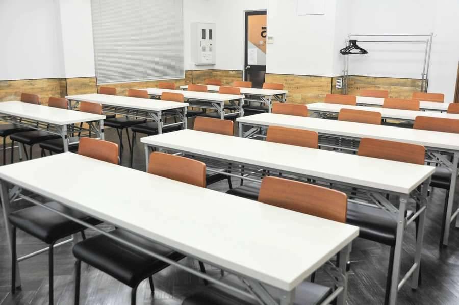 【茅場町 貸会議室】 NATULUCK茅場町新館 5階大会議室