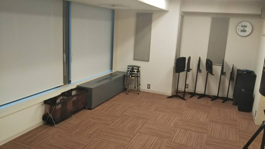 【梅田駅徒歩2分】ヤマハの音楽練習室 ~電子ピアノを弾ける部屋~ROOM13